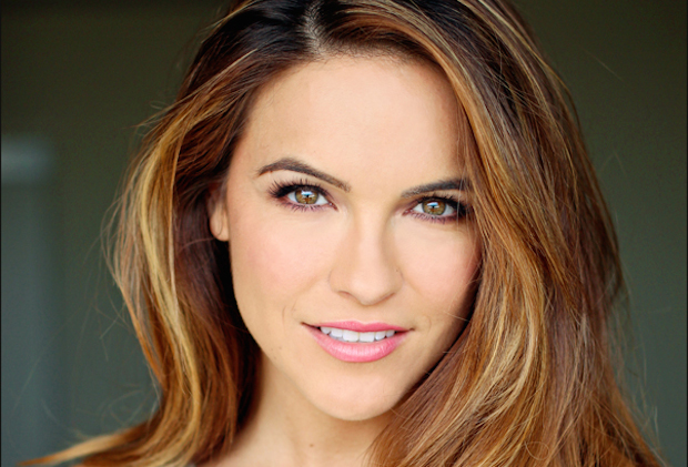 Young and Restless Chrishell Stause