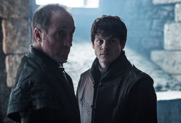 Game of Thrones Roose Bolton Dies