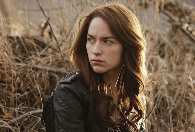 wynonna earp renewed season 2