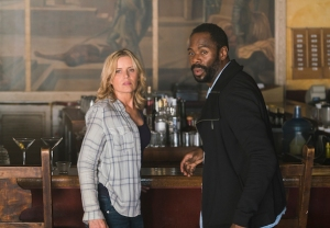 fear the walking dead season 2 episode 9 kim dickens colman domingo