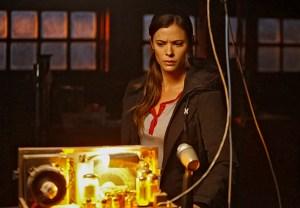 Frequency Recap Series Premiere The CW Pilot