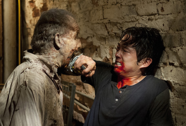 the walking dead 15 most memorable glenn moments