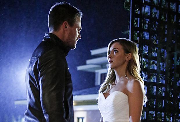 Arrow Episode 100 Laurel Wedding