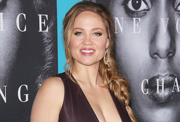Erika Christensen Cast