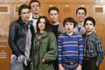 A Freaks and Geeks 20th High School Reunion Is the Only TV Revival We Need