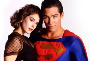 Supergirl Teri Hatcher Season 2 Cast