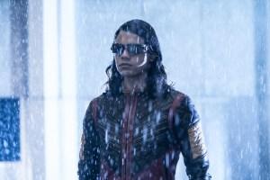 the-flash-season-3-photos-3
