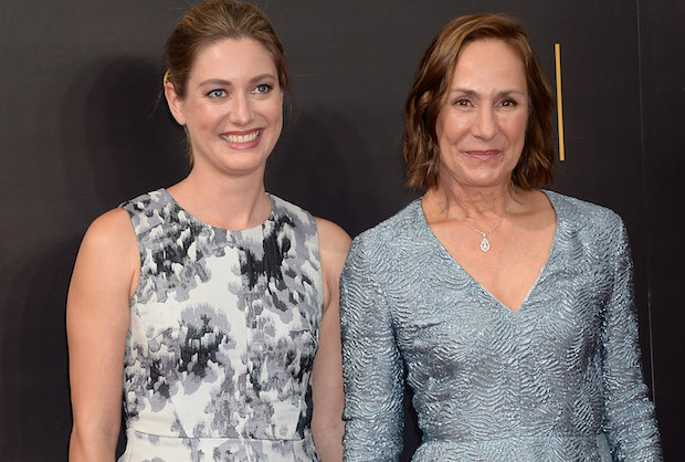 Big Bang Theory Spinoff Zoe Perry Cast As Mother To Young Sheldon Tvline
