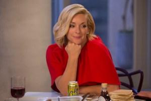 Unbreakable Kimmy Schmidt Season 3 Spoilers Jacqueline Jane Krakowski
