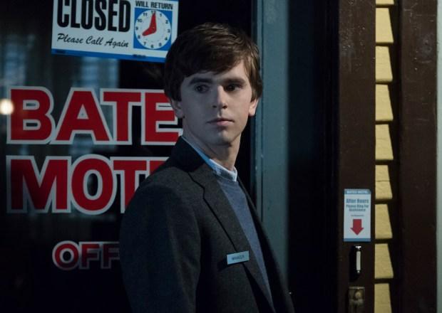 Bates Motel Freddie Highmore Season 5 Norman Bates A&E