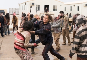 fear the walking dead recap season 3 premiere