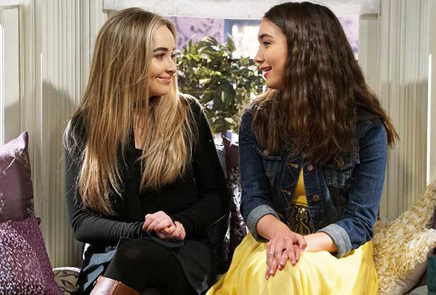 2 girl episode world 22 meets season Season 2