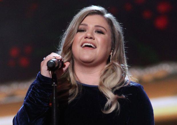 Kelly Clarkson The Voice Coach Season 14 NBC