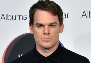 Michael C Hall Safe Cast Netflix