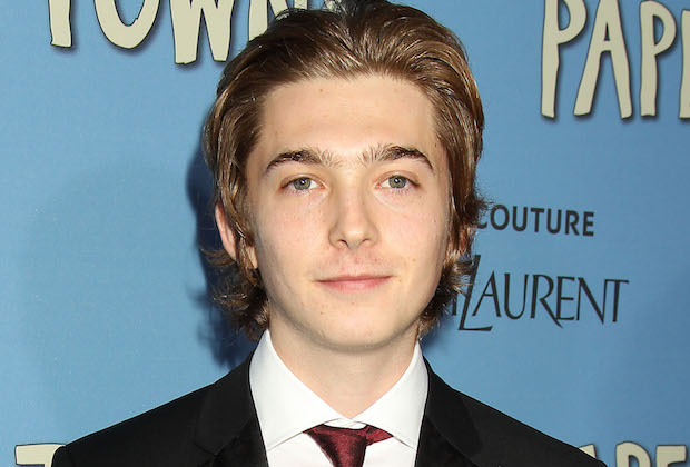 SMILF Austin Abrams Cast Season 1