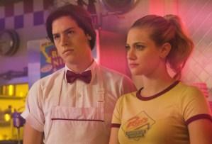 Riverdale Season 2 Episode 2 Jughead Betty