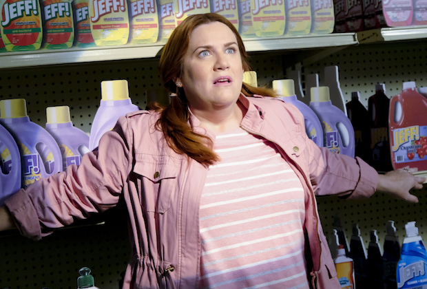 Crazy Ex-Girlfriend Season 3 Paula Donna Lynne Champlin