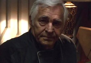 Donnelly Rhodes Dead