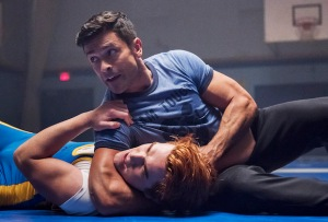 Riverdale Season 2 Episode 10 Archie Hiram Wrestling
