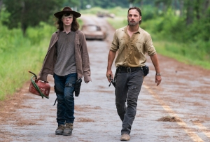 the walking dead season 8 spoilers war ends over interview