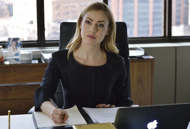 Suits Amanda Schull