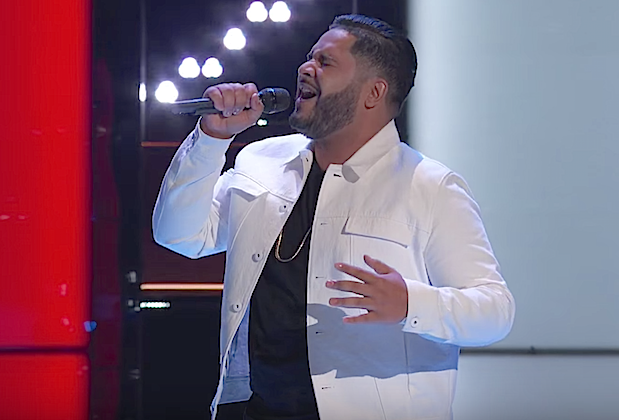 the voice recap johnny bliss blind auditions
