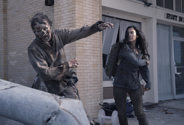 fear the walking dead season 4 photos