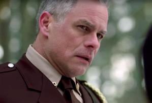Riverdale Season 2 Episode 19 Sheriff Keller