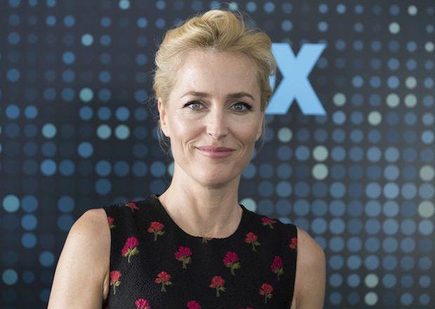 Gillian Anderson Sex Education Cast Netflix