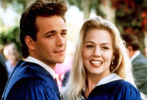 beverly-hills-90210-brenda-kelly-dylan-tv-love-triangle-best-couple