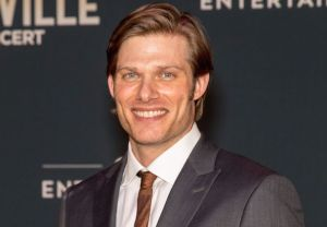Greys Anatomy Chris Carmack Season 15 Cast