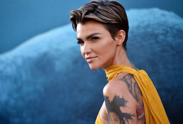 Ruby Rose Batwoman Lesbian Bisexual Critics Twitter