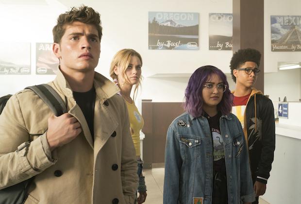 Runaways Season 2 Date Hulu