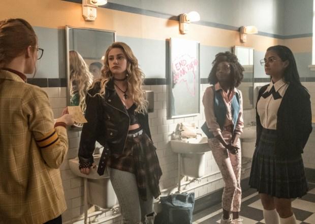 Riverdale Season 3 Episode 4 Penelope Alice Sierra Hermione