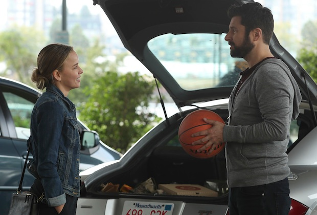 A Million Little Things Recap Season 1 Episode 5 The Game Of Your Life
