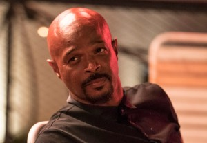 Lethal Weapon Season 3 Damon Wayans Staying