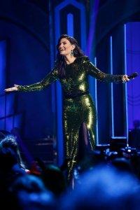 Wicked Musical Kristin Chenoweth Idina Menzel NBC Special
