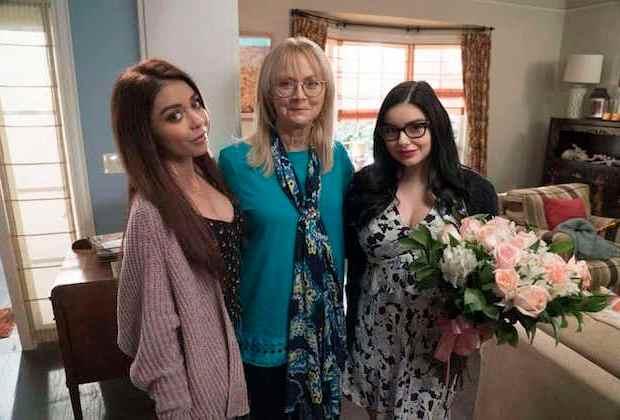 Modern Family Dede Dies Dead Death Recap Season 10 Episode 5 Shelley Long