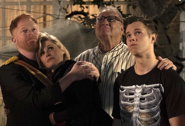Modern Family Dede Dies