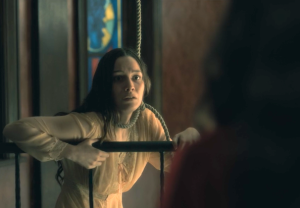 The Haunting of Hill House Photos Spookiest MOments Season 1