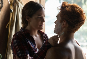 Riverdale Season 3 Episode 7 Laurie Riley Keough