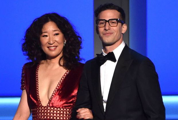 Oh presenting with Samberg at the 2018 Emmy Awards