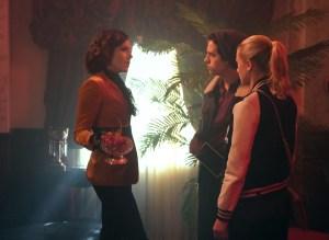 Riverdale Season 3 Episode 11 Jughead Betty