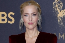 The Crown: Gillian Anderson Confirmed to Play Margaret Thatcher in Season 4