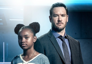 The Passage Mark-Paul Gosselaar Season 1 Premiere Interview