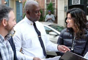 brooklyn-nine-nine-season-6-episode-8-stephanie-beatriz-directing