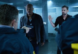 Lethal Weapon Finale Recap Damon Wayans Season 3 Episode 15