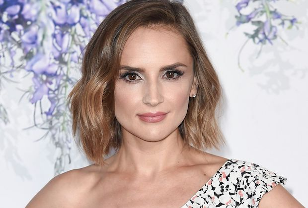 Criminal Minds Season 15 Rachael Leigh Cook As Reid S Love Interest Tvline