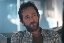 A Tribute to Luke Perry's Riverdale Dad Fred, the Best Parent in Town