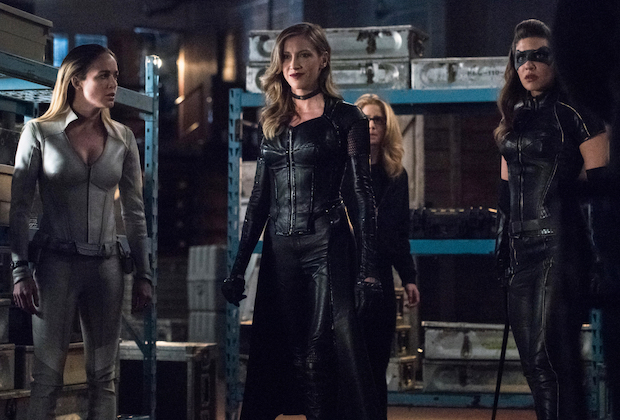Arrow Katie Cassidy Leaving